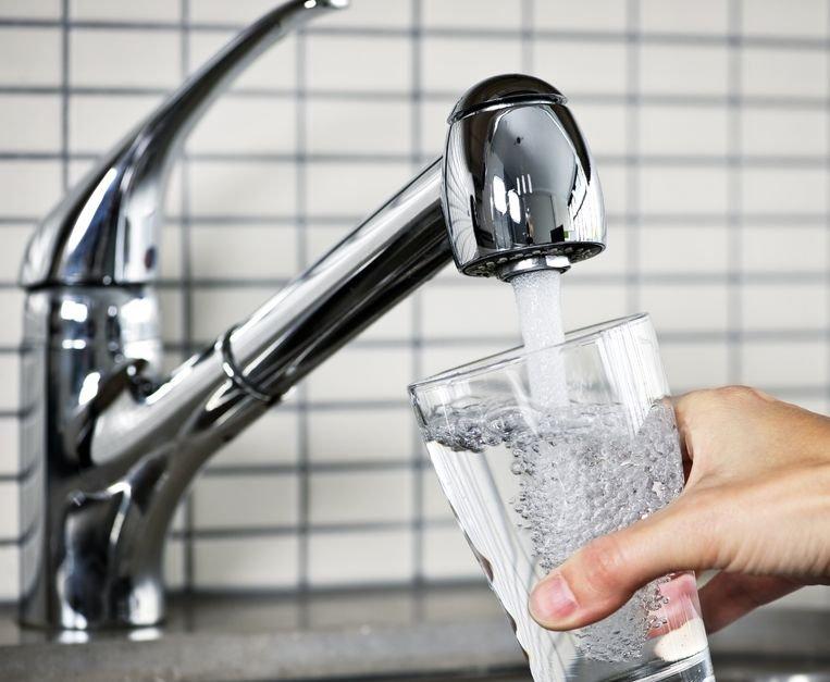 Ilustracja do informacji: Komunikat w sprawie wody z wodociągu w Bojadłach